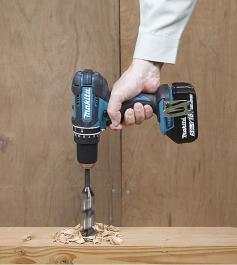 Akumulatorska udarna bušilica-odvijač sa 3 baterije DHP482RFE3 Makita