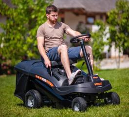 Akumulatorski traktor za košenje trave Li-Jon 48V VTR 695 B Villager