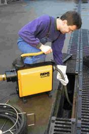 Električni uredjaj za čišćenje cevi Cobra REMS