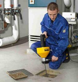 Električni alat za čišćenje cevi Mini-Cobra A REMS