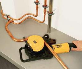 Električni uredjaj za savijanje cevi 15-18-22-28 Curvo Rems