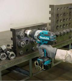Akumulatorski udarni odvijač bez četkica 1050Nm DTW1001Z Makita
